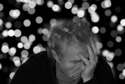 Depression, Alzheimer's may be similar process in aging brains