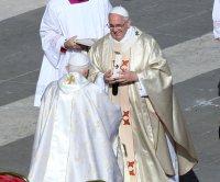 Pope Francis, Pope Emeritus Benedict receive COVID-19 vaccine