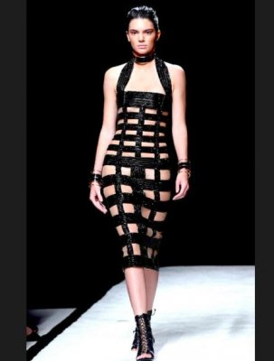 Kendall Jenner seemingly naked under 'revealing' Balmain dress
