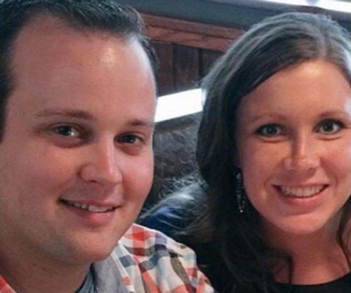 Josh and Anna Duggar post engagement anniversary picture on Instagram