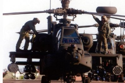 Leonardo to support British Apache helicopters under $379M deal