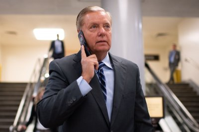 Sen. Graham launches Senate probe into Bidens, Ukraine