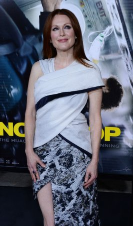 Julianne Moore praises Ellen Page for coming out speech