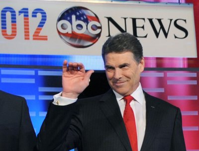 WATCH: Rick Perry backtracks from endorsing anti-gay 'reparative therapy'