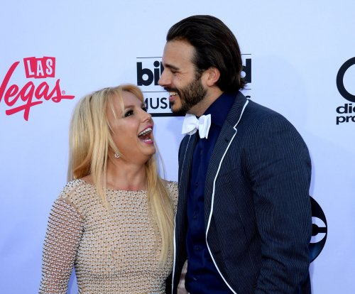 Britney Spears, Charlie Ebersol reportedly split