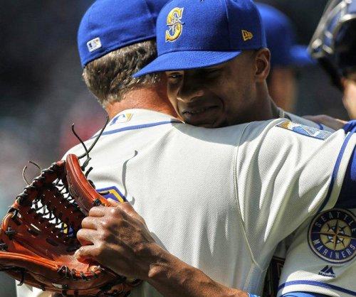 Ariel Miranda's 4-hitter leads Seattle Mariners past Tampa Bay Rays