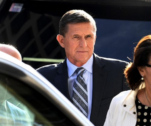 Mueller seeks delay in Flynn sentencing
