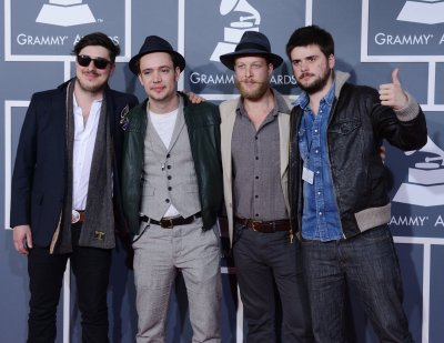 Mumford & Sons' 'Babel' tops U.S. album chart for fifth week