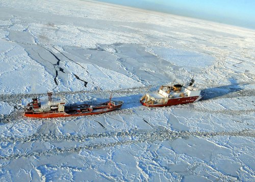 Ocean waves help break up arctic ice sheets