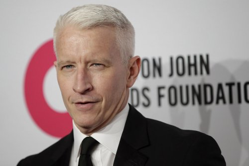 Anderson Cooper gets pranked on 'The RidicuList'