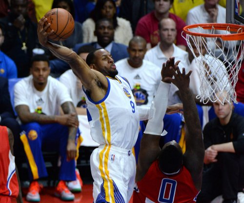 Golden State Warriors roll into matchup with Miami Heat