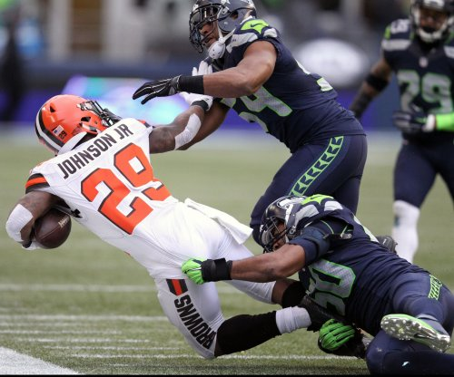 Cleveland Browns unbowed by 0-2 start, QB carousel