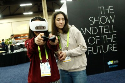 CES show features new AI, virtual reality, sleep tech