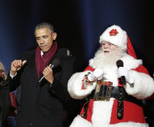 Obama boogies at National Christmas Tree lighting