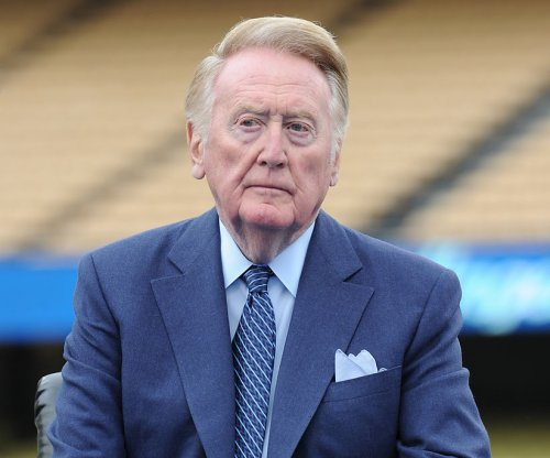 MLB Playoffs 2015: Los Angeles Dodgers broadcaster Vin Scully to miss postseason