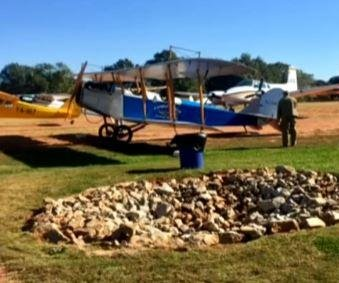 Crash of restored Curtiss 'Jenny' biplane kills two in Georgia