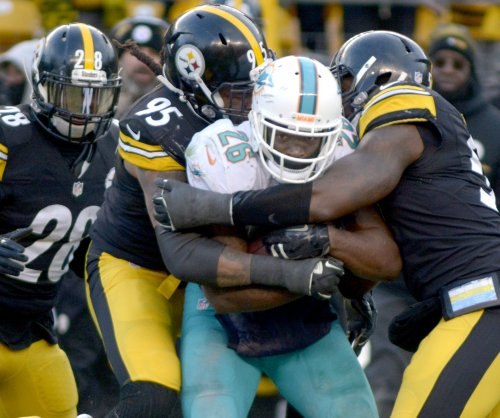 Bell, Brown, Roethlisberger power the Pittsburgh Steelers past the Miami Dolphins