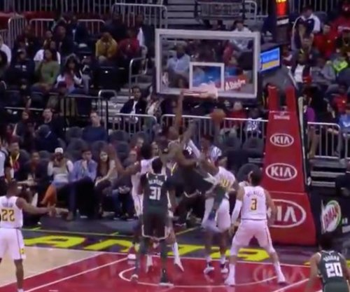 Giannis Antetokounmpo goes 'Greek Freak' with nasty dunk vs. Hawks