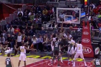 Giannis Antetokounmpo goes 'Greek Freak' with nasty dunk vs. Hawks