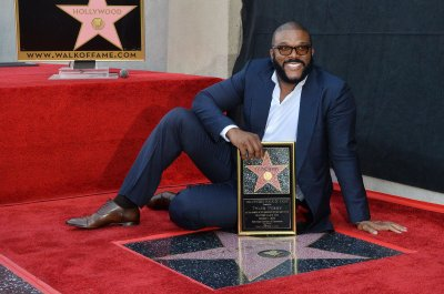 Tyler Perry earns honorary Oscar