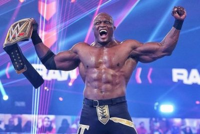 WWE Raw: Bobby Lashley crashes The Miz's celebration
