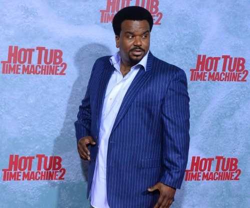 Spike orders 10 episodes of 'Caraoke Showdown,' hosted by Craig Robinson
