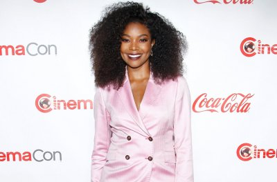 Gabrielle Union dresses up as Gwen Stefani for '90s birthday party