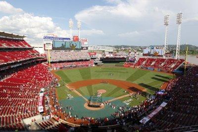 One Cincinnati Reds minor leaguer killed, two injured in car crash