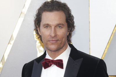 McConaughey pushes back against rival drug dealer in 'Gentlemen' trailer