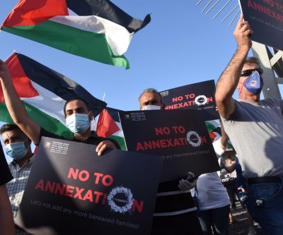 Emmanuel Macron urges Benjamin Netanyahu against annexation