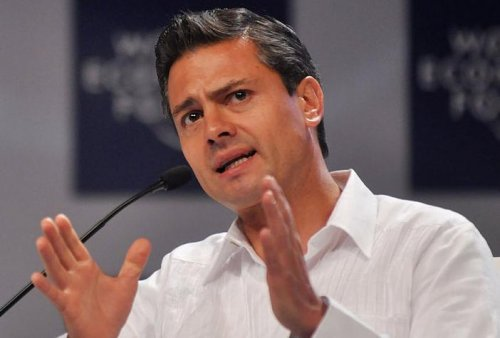 New Mexican President Pena Nieto promises economic growth, end to violence