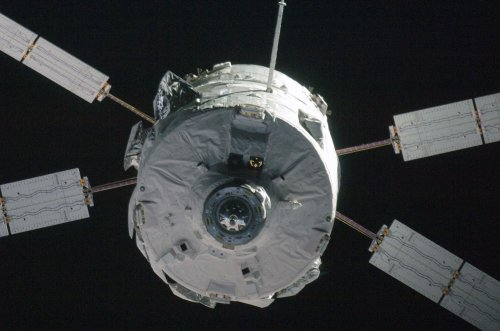 Jules Verne spacecraft burns on re-entry