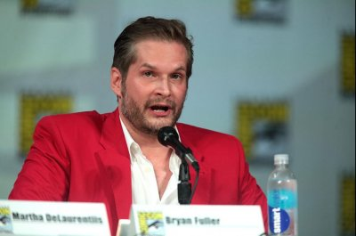 Bryan Fuller adapting Neil Gaiman's novel 'American Gods' as Starz series