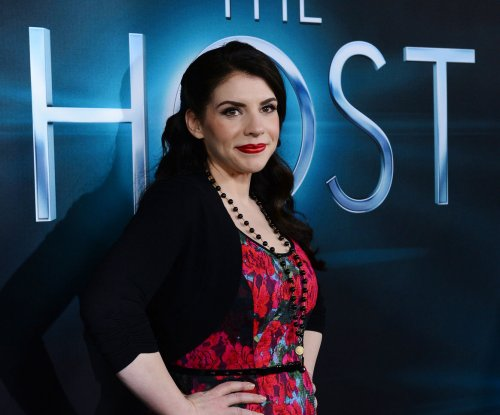 'Twilight' author Stephenie Meyer's next novel 'The Chemist' due out Nov. 15
