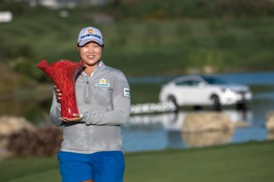 Mirim Lee matches tourney record in Kia Classic win