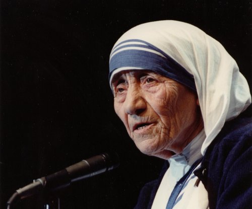 On This Day: Mother Teresa dies at age 87