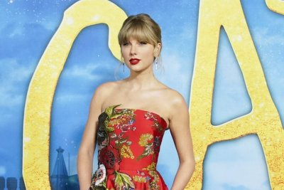 Taylor Swift says she attended cat school to prepare for 'Cats'