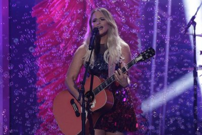 CMA Awards: Miranda Lambert, Luke Combs, Maren Morris to perform