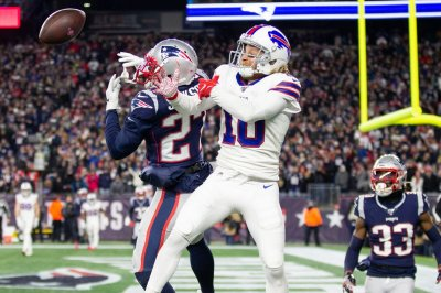 Bills WR Cole Beasley played through playoffs with broken leg