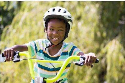 Bike-linked head injuries plummet for kids, but not adults