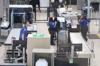 TSA screens almost 2 million Memorial Day weekend travelers thumbnail