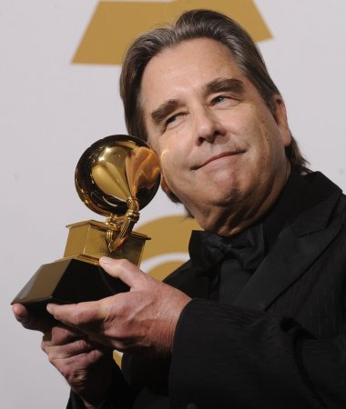 Beau Bridges joins 'Rockford' cast