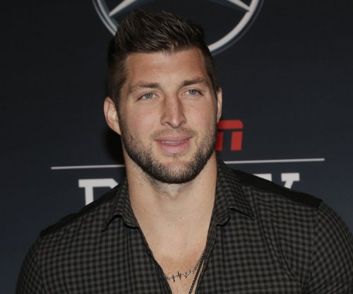 Tim Tebow agrees to multiyear contract extension with ESPN