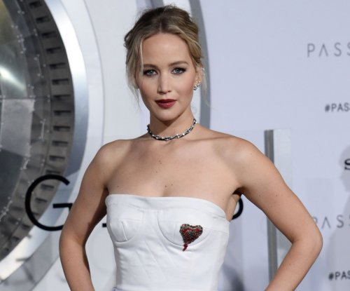 Jennifer Lawrence laughs off pole dancing video: 'I had a blast'