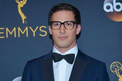 Andy Samberg, Fred Armisen to guest star on 'Lady Dynamite'