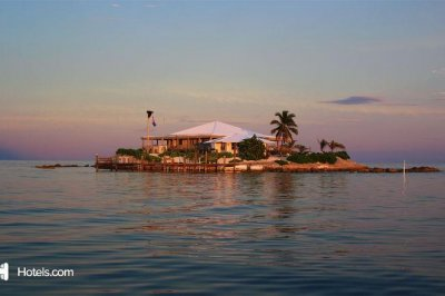 'Friendsgiving Island' available for weeklong rental over Thanksgiving