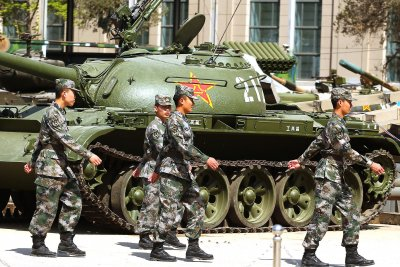 China shows off tanks in simulated battle for Taiwan