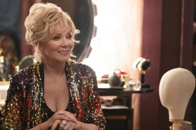Jean Smart: For stand-up comedy you 'have to be a good actor'