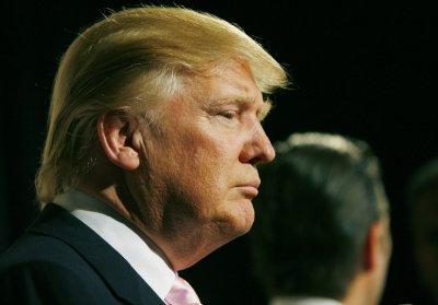 Trump says Palin wants him to run