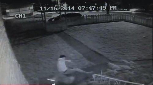 Veteran's takedown of intruder caught on video